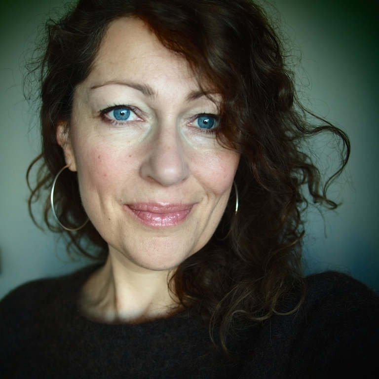 Elisabeth Åsbrink